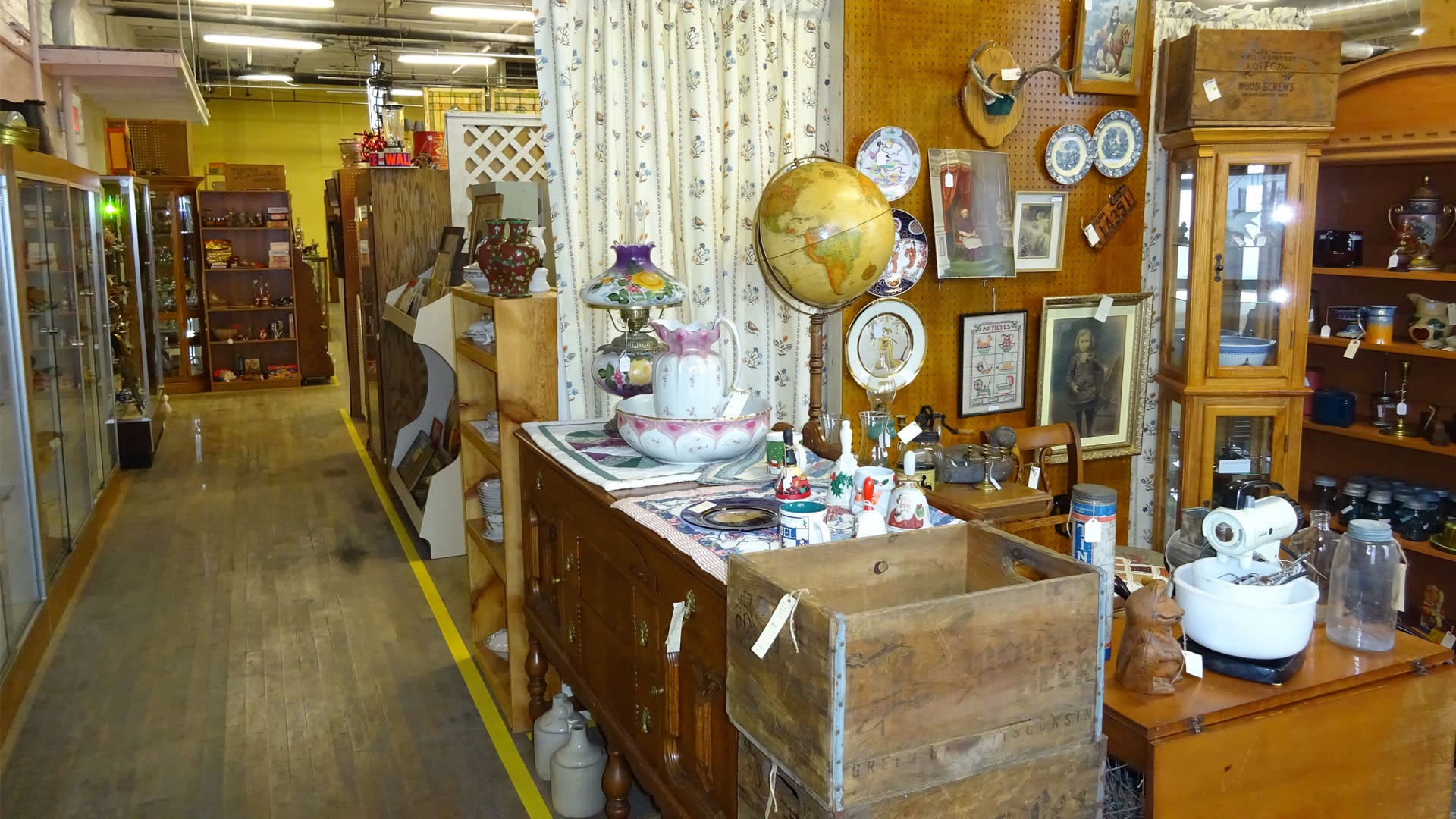Globes, plates, and crates