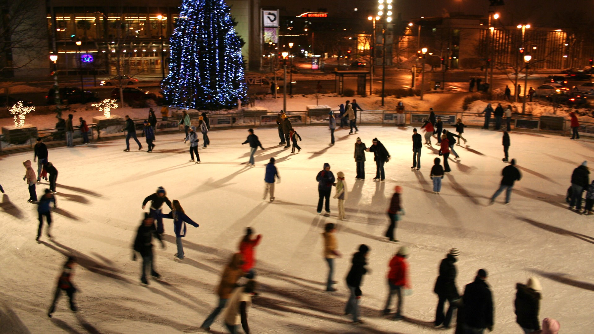 Visit Milwaukee - Slice of Ice in Red Arrow Park